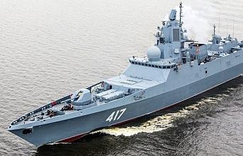 Rusya 2 savaş gemisini boğazlardan geçirip Suriye'ye gönderiyor