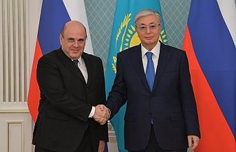 Tokayev, Rusya Başbakanı ile görüştü