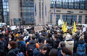 AB'nin ve Yunanistan'ın göç politikaları Brüksel'de protesto edildi