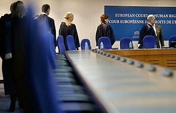 AİHM görev başında..Göçmenlere kötü davranan Yunanistan hakkında yasal sürecin önü açıldı