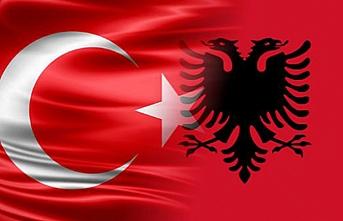 Arnavutluk'la savunmada işbirliği anlaşması imzalandı