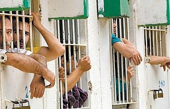 Filistin'de mahkumlar için af kararı