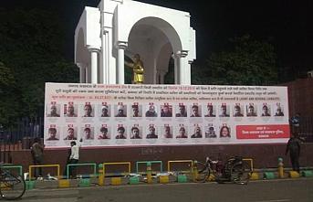 Hindistan'da protestocuları ifşa eden ilanların kaldırılması kararı