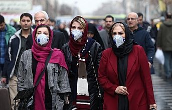 İran'da türbelerin kapatılması protesto edildi
