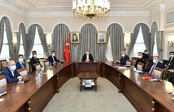 İstanbul Valisi Ali Yerlikaya'nın başkanlığında pandemi kurulu toplandı