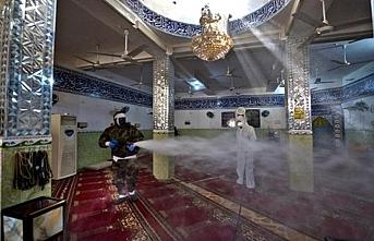 Kuveyt'te cuma namazları iptal edildi