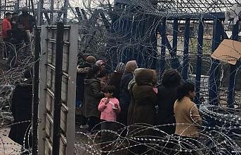 New York Times: Yunanistan sığınmacıları gizli merkezlerde tutuyor