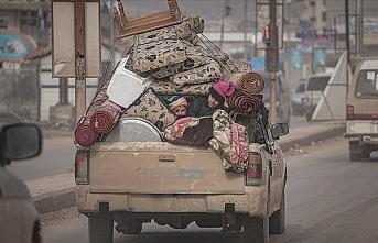 Rejimin evinden ettiği siviller geri dönüş umuduyla yaşıyor