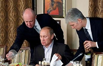 Rusya'da anayasa referandumu ertelendi