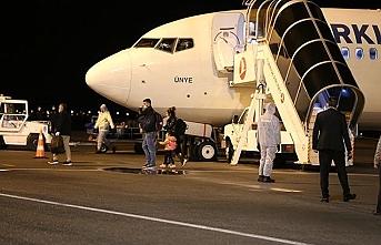Sudan ve Mısır'daki Türk öğrenciler ve bazı aileler Sivas'a getirildi