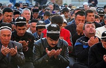 Tacikistan'da, koronavirüs tehdidi nedeniyle camilerde toplu namaz yasaklandı
