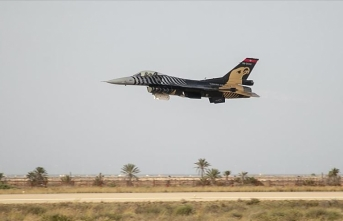 Tunus'ta Uluslararası Sivil Havacılık ve Savunma Fuarı başladı