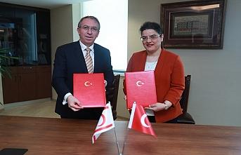 Türkiye'den KKTC'ye tıbbi malzeme hibesi