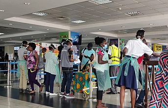 Uganda koronavirüs karantinasını reddedenleri sınır dışı etti