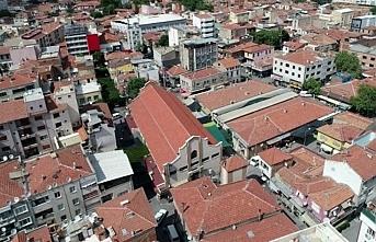 Akhisar'da da bir apartman karantinaya alındı