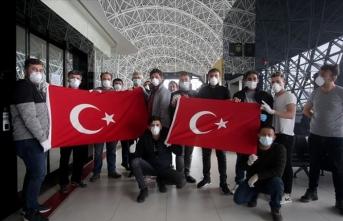Bosna Hersek, Hırvatistan ve Slovenya'daki Türk vatandaşları yurda dönüyor