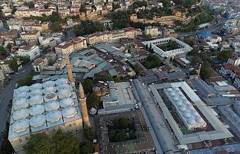 Bursa'daki Tarihi Kapalı Çarşı 20 Nisan'a kadar kapalı