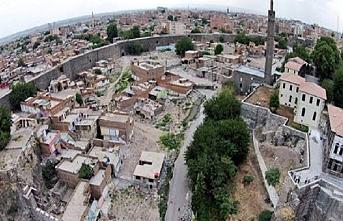 Diyarbakır Sur ilçesine araç girişine kısıtlama getirildi