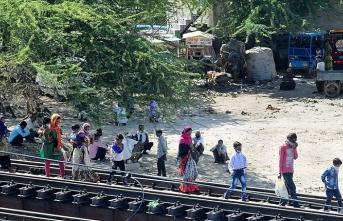 Hindistan'da Asya'nın en büyük gecekondu bölgesinde Kovid-19 paniği
