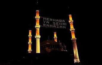 İslam dünyası ramazan ayına Kovid-19 önlemleri ve alimlerin uyarılarıyla giriyor