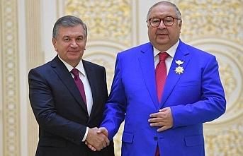 Milyarder iş adamından Özbekistan'a 20 milyon dolar virüsle mücadele yardımı