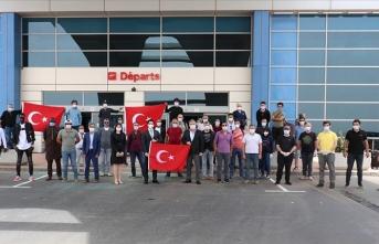 Moritanya ve Senegal'deki Türk vatandaşları yurda dönmek üzere yola çıktı