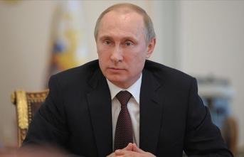 Putin: Kovid-19, zirve noktasına henüz ulaşmadı, ülkenin hazırlıklı olması gerekiyor