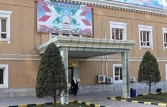 Tacikistan'da karantina hastanesi çalışanı öldü