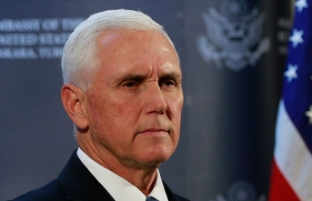 ABD Başkan Yardımcısı Pence Kovid-19 nedeniyle Trump'a yaklaşmıyor