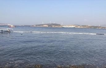 Aliağa'da deniz kirliliğine neden olan gemi tespit edildi