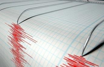 Erzincan'da 4 büyüklüğünde deprem