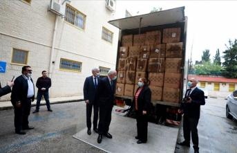 Filistin Sağlık Bakanlığı, Türkiye'nin gönderdiği tıbbi malzemeyi teslim aldı