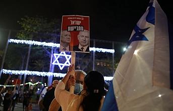 İsrail'de Netanyahu-Gantz hükümeti karşıtı gösteri