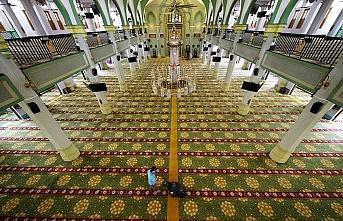İstanbul'da Cuma namazı kılınacak camiler belli oldu