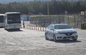 KKTC'deki 173 Türk vatandaşı Mersin'e getirildi
