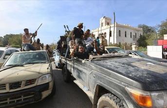 Libya'nın güneyindeki Ubari kenti devrimciler konseyinden Libya hükümetine destek açıklaması