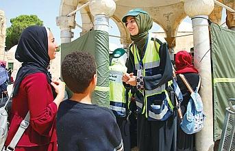 Mescid-i Aksa'nın düzenini kadınlar sağlıyor