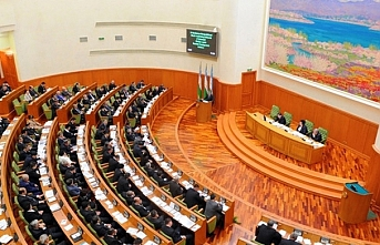 Özbekistan'da cumhurbaşkanı, milletvekilleri ve hakimleri gelir beyanından muaf tutmayı teklif ettiler