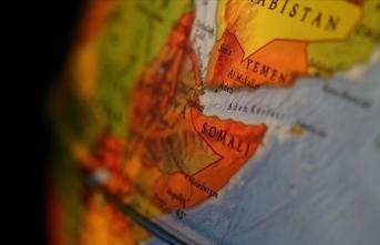 Somali'de yardım malzemeleri taşıyan uçak düştü: 6 ölü