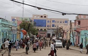 Somalililer bayramlaşırken vuruldu..5 ölü 20 yaralı