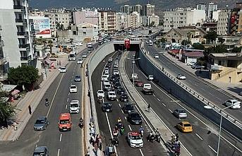 Suudi Arabistan'da mahsur kalan 64 tır şoförü Türkiye'ye getirildi