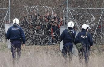 Uluslararası Af Örgütü yeni göç yasası konusunda Yunanistan'ı uyardı