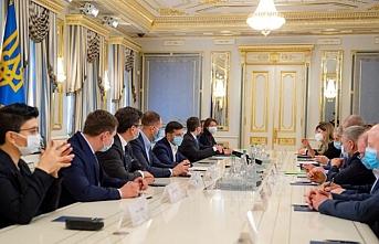 Zelensky: Ukrayna'da yeni cami projesini Kırım Tatarlarından bekliyoruz