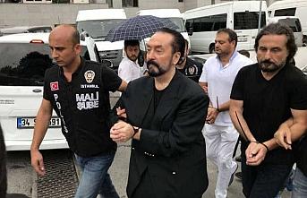 Adnan Oktar organize suç örgütü davası maskeyle devam ediyor