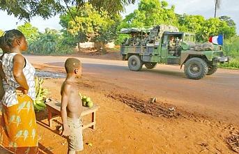 Afrika'da Süren Fransız Sömürgeciliği - Kenan Toprak