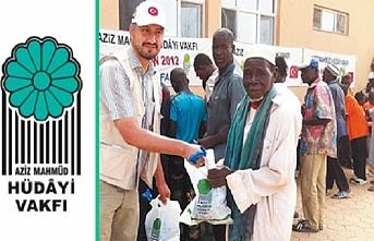 Aziz Mahmud Hüdayi Vakfı'ndan 40 ülkeye yardım