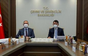 Bakan Kurum ve Bakan Gül, Ankara Yeni Adalet Sarayı Yapım Projesi için bir araya geldi