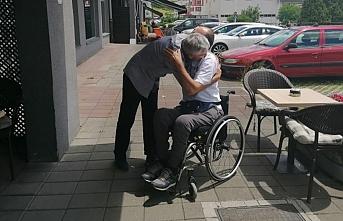 Bosna'daki savaşta hayatını kurtarmıştı: 25 yıl sonra ilk kez kucaklaştılar