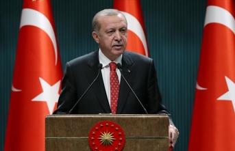 Cumhurbaşkanı Erdoğan: 65 yaş ve üstü vatandaşlar her gün 10.00 ile 20.00 saatleri arasında dışarı çıkabilecekler