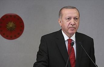 Cumhurbaşkanı Erdoğan şair Cahit Zarifoğlu ve Abdurrahim Karakoç'u andı